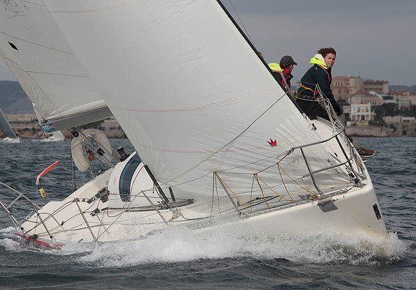 Un bateau de l'ecole de voile remporte le Trophée Sémac