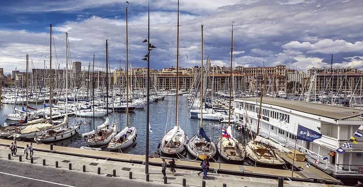 SNM pavillon flottant Vieux-Port