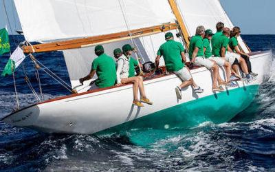 «Jour de fête», du pôle tradition de La Nautique, en mer avec… Michel Desjoyeaux